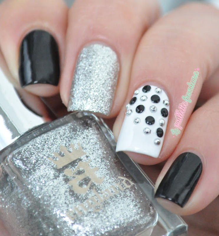 be studded nail art by nathalie lapaillettefrondeuse