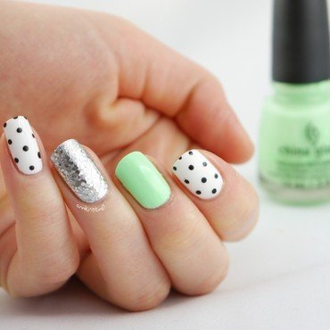 Highlight of my summer Dotticure nail art by Ann-Kristin