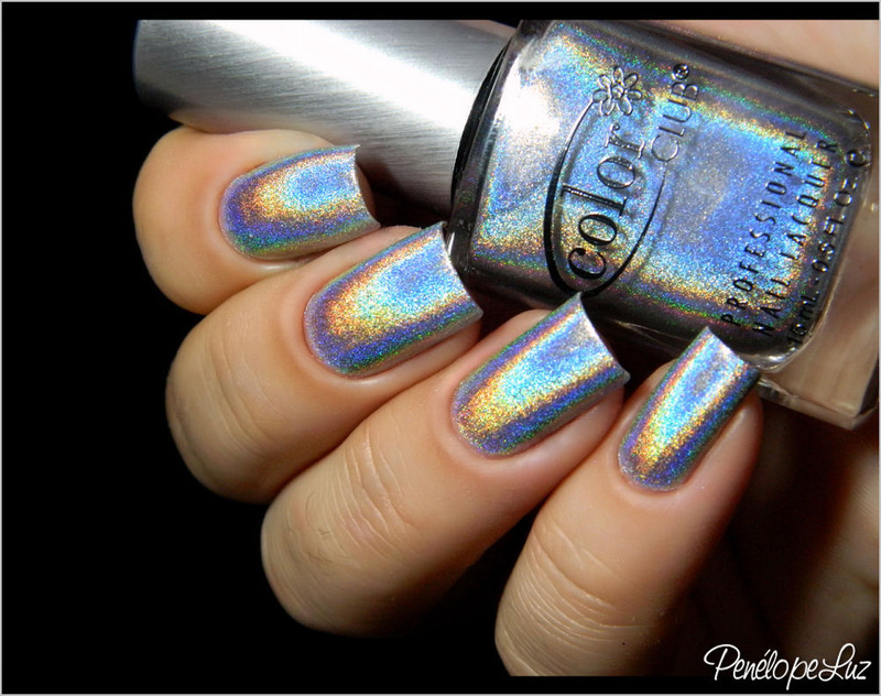 Color Club Harp on it Swatch by Penélope Luz