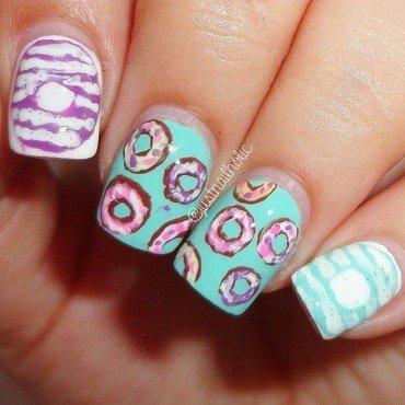Donuts nail art by Melany Antelo