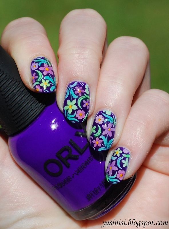 Floral manicure nail art by Yasinisi