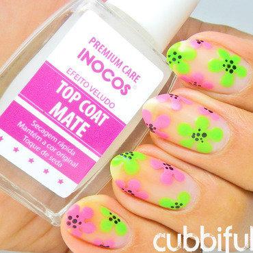 Matte floral nails thumb370f