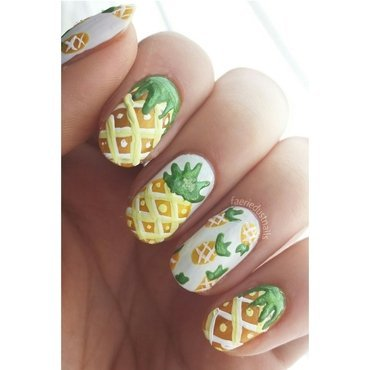 Pineapple Nails nail art by Shirley X.