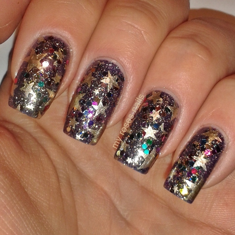 Nails with the stars nail art by Ewa