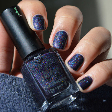 Too Fancy Lacquer The crown jewel Swatch by Sweapee