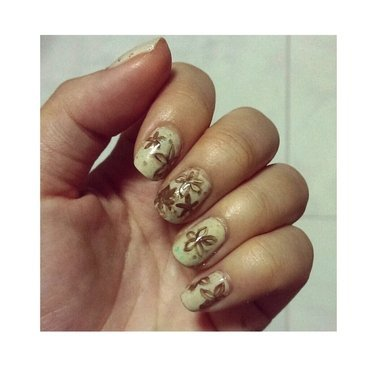 #31dc2 - Flowers nail art by JingTing Jaslynn