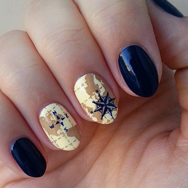 Twenty Thousand Leagues Under The Sea nail art by Mgielka M