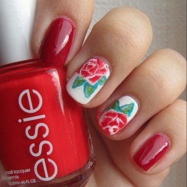 Red Roses nail art by Mary
