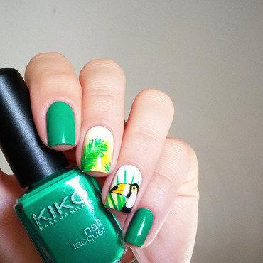 tropical green nail art by marina