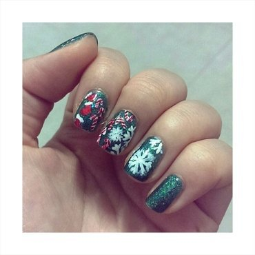 #31dc2 - Holidays nail art by JingTing Jaslynn