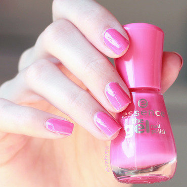 Essence lucky Swatch by lack.poesie (Sarah)