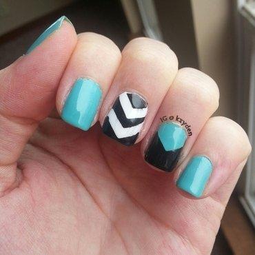 Tribal Chevrom nail art by Kelsey