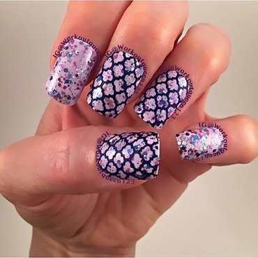 Glitter Crelly nail art by Workoutqueen123