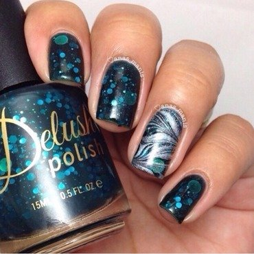 Delush Polish A Night in the Asylum Swatch by anas_manis