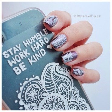 Phonecase  nail art by Alina E.