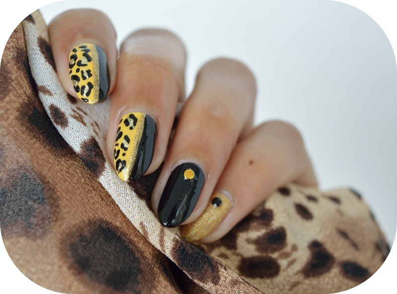 Grrrr / Leopard nails nail art by MimieS Nail