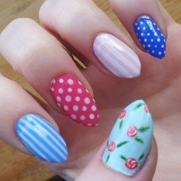Cath Kidston Inspired nail art by Ellie Payne