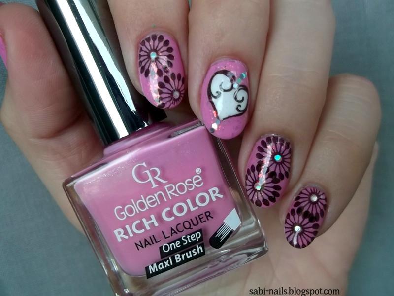 Pinki nail art by Sabina