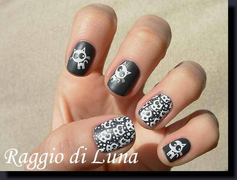 Stamping: White cats on matte grey nail art by Tanja