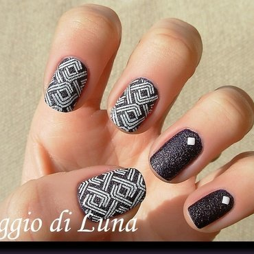 Square white lines on textured dark purple nail art by Tanja