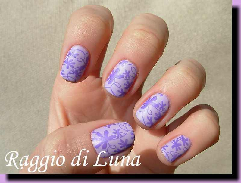 Stamping: Purple flowers on lilac nail art by Tanja