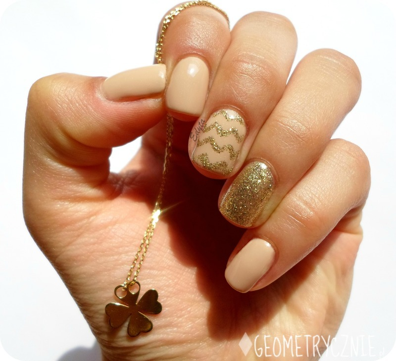 perfect nude nail art by Edyta