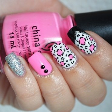 Hot pink and leopard spots nail art by Julia