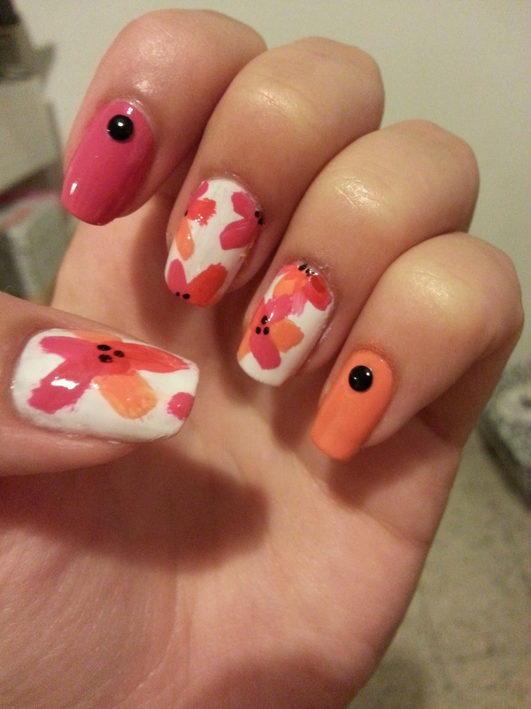 flowers nail art by Maya Harran