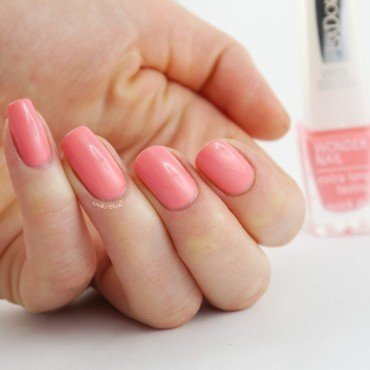 Isadora Shell Pink Swatch by Ann-Kristin