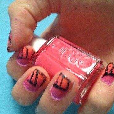 Butterflyaway nail art by Nailsofmel