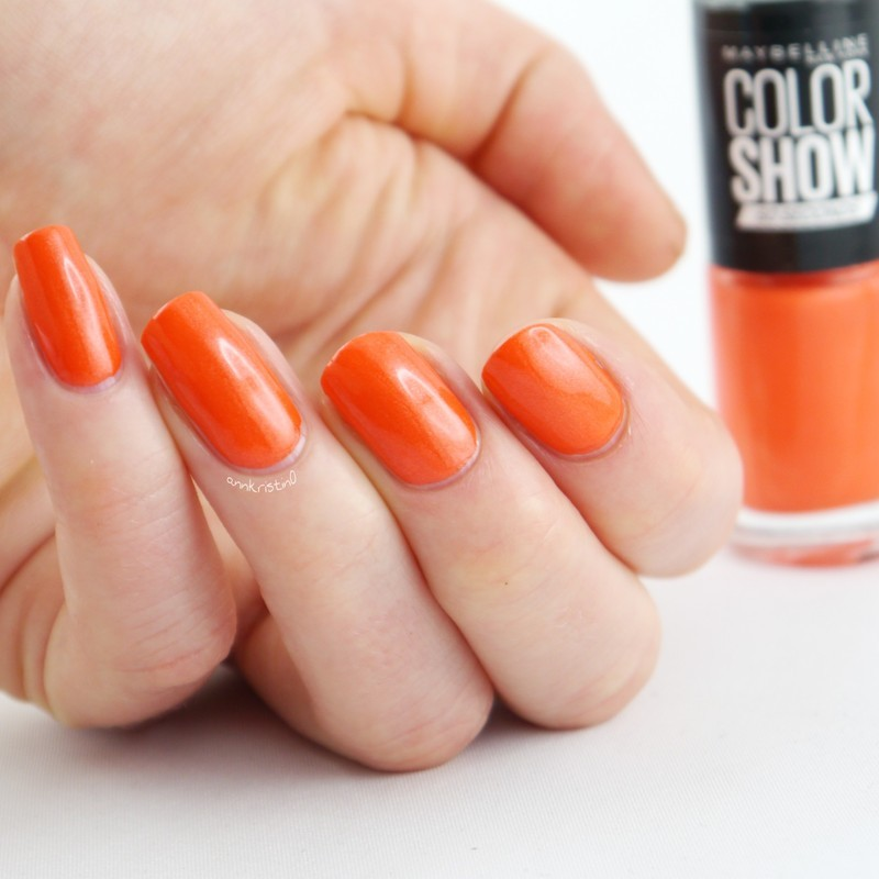Maybelline Tangerine Tango Swatch by Ann-Kristin