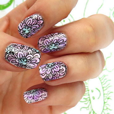 Pastel floral nail art by theCieniu