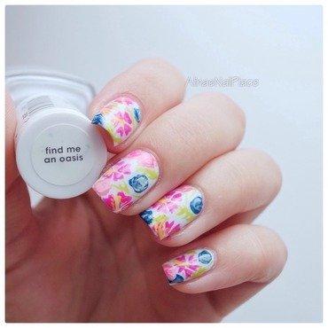 Hibiskus nail art by Alina E.