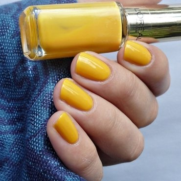 L'Oréal 302 Exotic Canaries Swatch by Romana