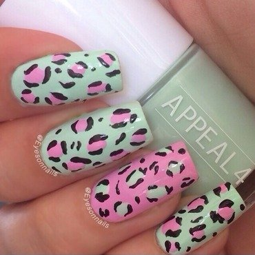 Pastel leopard  nail art by Virginia