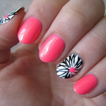 Neon power nail art by Nail Crazinesss