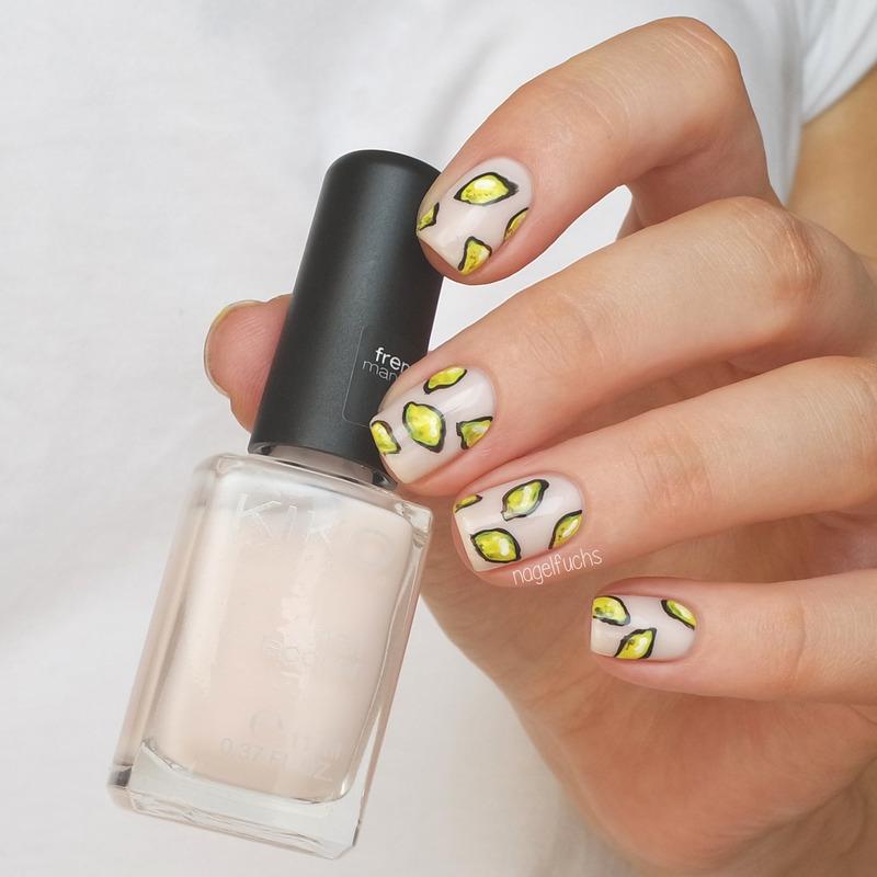 Nude Lemon Nails nail art by nagelfuchs