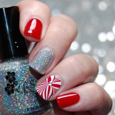 Canada Day Nail Art nail art by Katie of Harlow & Co.