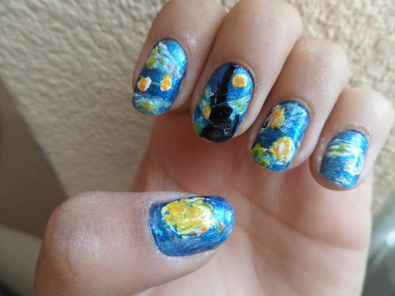 Van Gogh the starry nigth nail art by Luzazul