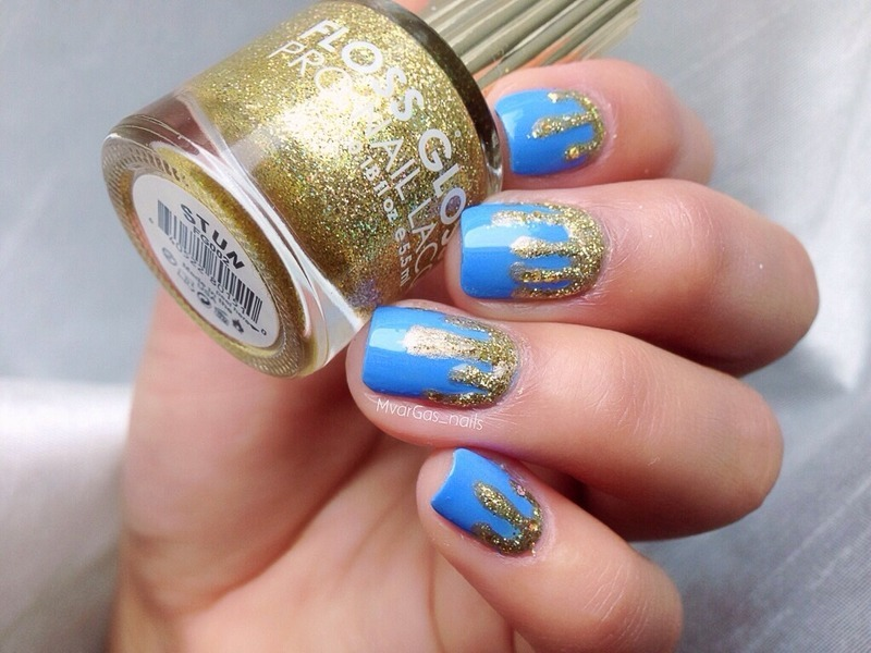 Dripping gold  nail art by Massiel Pena