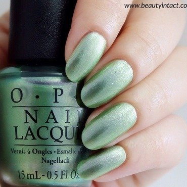 OPI Visions of Georgia Green Swatch by Beauty Intact