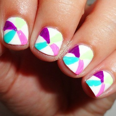 Lollipop nail art by Melany Antelo