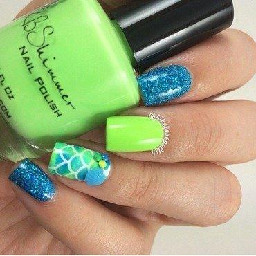 Mermaid mani 💚 nail art by Jesmary