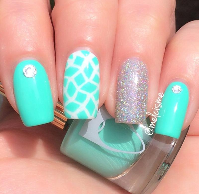 Bright Aqua nail art by Melissa