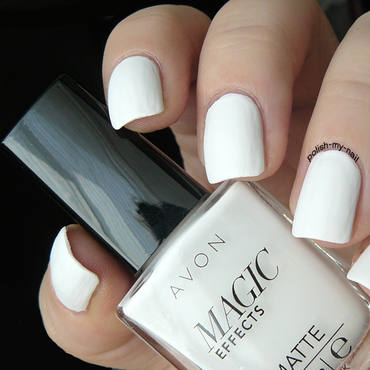Avon 20magic 20effects 20white thumb370f