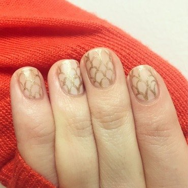 Nude Gold Lacelets nail art by emlocke