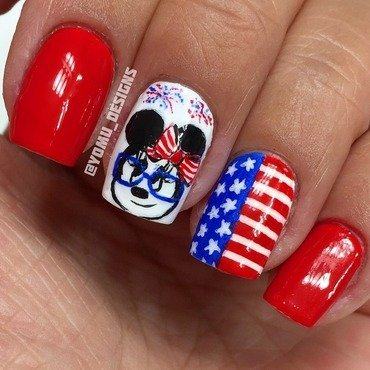 Minnie's Fourth nail art by JMura_Designs