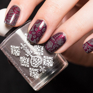 Ornamental Stamping nail art by Kathrin