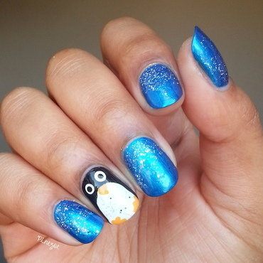 Penguin Nails nail art by Pinezoe