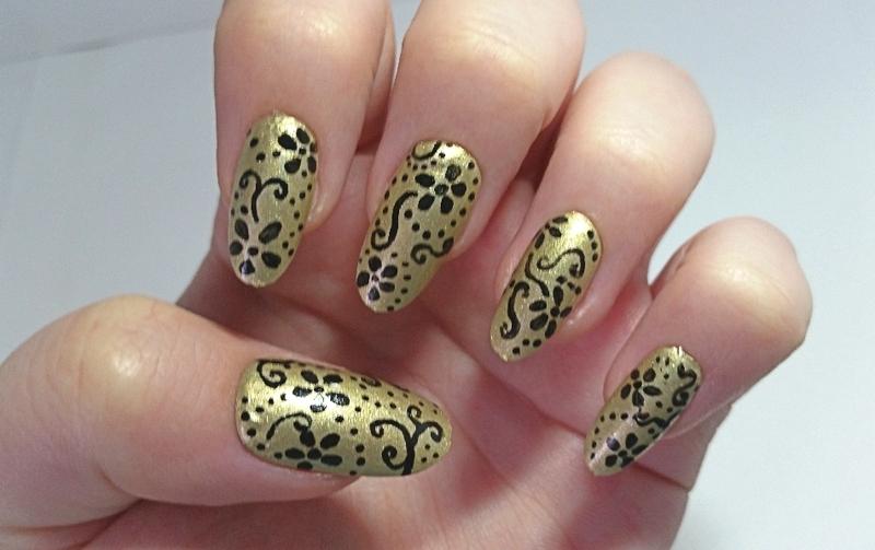 Ellurenails  nail art by Ellie Louise